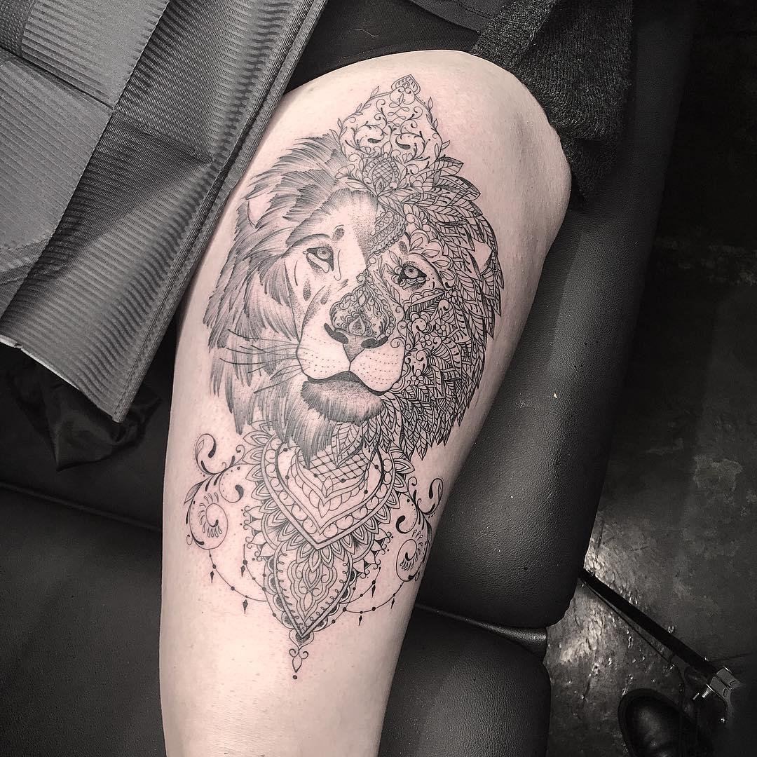 大臂梵花狮子纹身图案